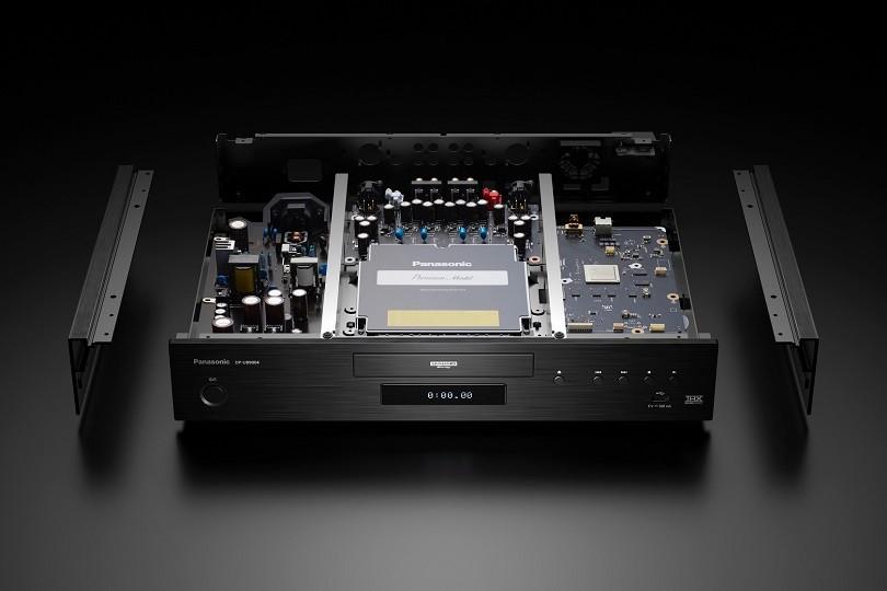 Panasonic DP-UB9000 è arrivato